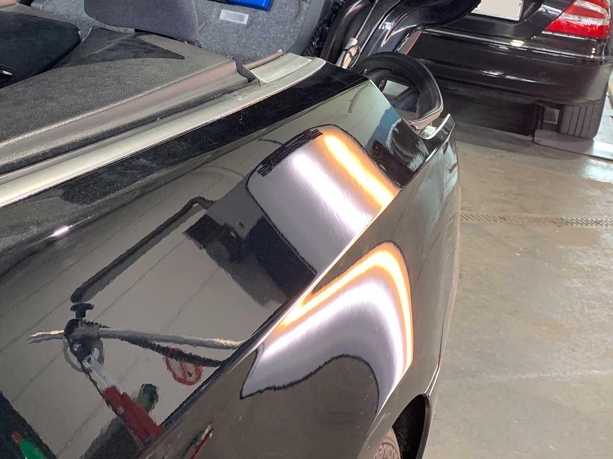 Reparierte Delle in Fahrzeugheck-Beulendoktor und Dellentechniker in Deckenpfronn und Umgebung-RW Dellentechnik